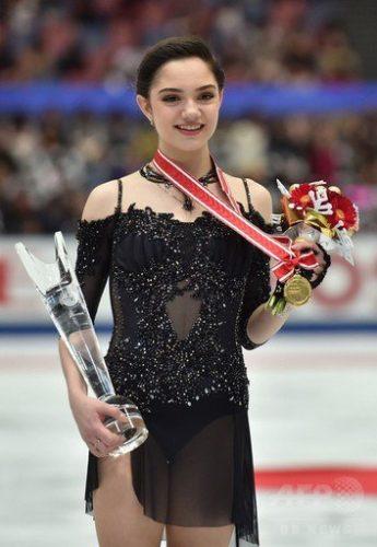メドべ FSアンナカレーニナ NHK杯 表彰