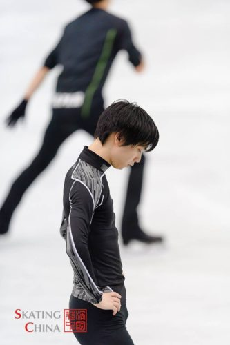 羽生結弦 NHK杯 公式練習